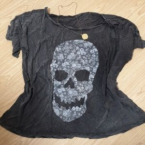 Brandy Melville skull top